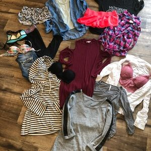 Size small medium closet essential lot